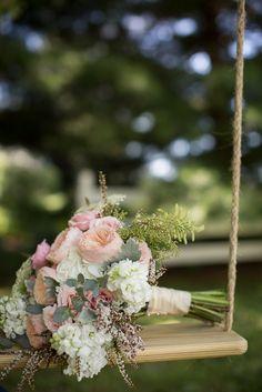 English-country-wedding-photo