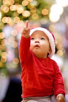 Christmas photography ideas - If you can't reach the stars, bring them to you.    Photo by Natural Smile Photography on Flickr    www.photoideashop.com