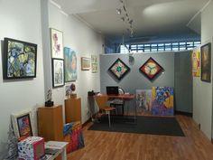 Exposición colectiva RegalArte Navidad .primera exposición. Este año celebramos la II el dia 3 de noviembre inauguramos con 23 artistas.