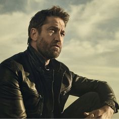 Gerard Butler on the February 2018 cover of Men's Journal