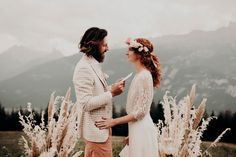 Shooting mariage Folk à l'Hôtel Whitepod | M comme Madame - nouveau blog mariage Madame, Vows, Comme, Couples, Couple Photos, Drunk In Love, Most Beautiful Words, Newlyweds, Photography