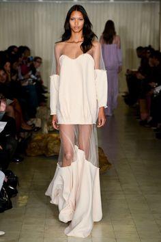Trending Web Design & Fashion Tips Love Fashion, Runway Fashion, High Fashion, Fashion Show, Vintage Fashion, Womens Fashion, Fashion Design, Fashion Trends, Mise En Page Portfolio Mode
