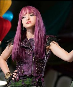 Dove Cameron in 'Descendants (Disney Channel/David Bukach) Cameron Boyce, Dave Cameron, Dove Cameron Descendants, Descendants Characters, Disney Channel Descendants, Mal Descendants Costume, Descendants Cast, Liv Et Maddie, Purple Leather Jacket