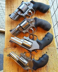Smith and Wesson 357 Magnum, Weapons Guns, Guns And Ammo, Smith And Wesson Revolvers, Smith Wesson, Lever Action Rifles, Shooting Guns, Bushcraft, Fire Powers