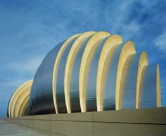 Kauffman Center for the Performing Arts – Safdie Architects