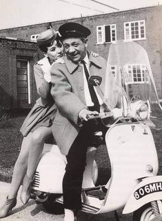 Sidney James, Carry On, Twitter, Studios, Films, Fictional Characters, Classic, Pictures, Movies