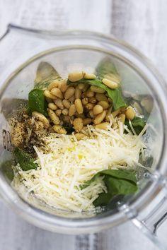 5-Minute Pesto Recipe & 15 Ways To Use It | Creme de la Crumb