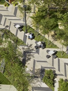 mixed pavign urban plaza with seating  Levinson Plaza, Mission Park / Mikyoung Kim Design