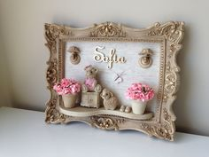 Discover recipes, home ideas, style inspiration and other ideas to try. Diy Home Crafts, Baby Crafts, Fun Crafts, Crafts For Kids, Diy Para A Casa, Picture Frame Crafts, Baby Frame, Deco Boheme, Handmade Home