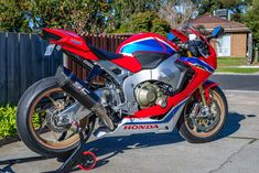 Honda Vfr, Cbr, Cars And Motorcycles, Motorbikes, Vehicles, Cool Bikes, Sportbikes, Motorcycles, Car