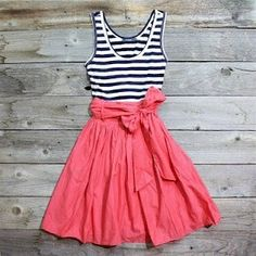 Another DIY dress for summer! Cute! by deirdre
