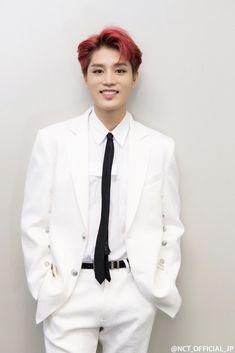 His smile is so bright❤ Taeil Nct 127, Nct Taeil, Nct 127 Members, Nct Dream Members, Winwin, Taeyong, Jaehyun, Johnny Seo, Wattpad