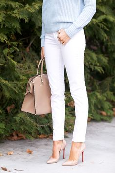 White skinny jeans nude pumps
