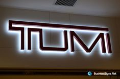 3D LED Backlit Signs With Painted Stainless Steel Letter Shell For Tumi