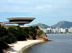 Conheça a cidade de Niterói – RJ.  Um dos principais pontos escolhidos no estado do Rio de Janeiro pelos turistas é a cidade de Niterói. Situada a apenas 13 km da capital do estado, oferece uma...  Saiba mais >>> http://viagens.vejapixel.com.br/dicas/destinos/america-do-sul/brasil/conheca-a-cidade-de-niteroi-rj/