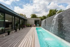 Having a pool sounds awesome especially if you are working with the best backyard pool landscaping ideas there is. How you design a proper backyard with a pool matters. Small Swimming Pools, Luxury Swimming Pools, Small Backyard Pools, Backyard Pool Designs, Luxury Pools, Dream Pools, Swimming Pools Backyard, Swimming Pool Designs, Indoor Swimming