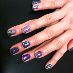 I love this...shellac nails with glitter.
