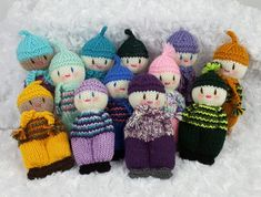 Free Knitting Doll Patterns Free Pattern Lily Sugar N Cream Christmas El. Knitting Dolls Free Patterns, Knitted Dolls Free, Christmas Knitting Patterns, Crochet Doll Pattern, Knit Patterns, Knit Crochet, Easy Patterns, Loom Knitting, Free Knitting