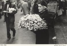 Robert Frank, Flowers, Paris, 1951. National Gallery of Art http://www.nga.gov/content/ngaweb/features/slideshows/frank-paris-1949-52.html#slide_3