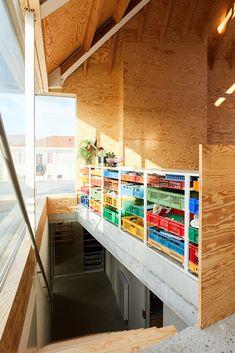 Interior Architecture, Interior And Exterior, Interior Design, Milk Crate Furniture, Condo Design, Home Office Decor, Home Decor, Random House, Glass House