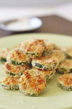 Crispy Gluten Free Breaded Zucchini Rounds: Baked or Fried - http://glutenfreerecipebox.com/crispy-gluten-free-breaded-zucchini-rounds/ #glutenfree #glutenfreerecipes #appetizers