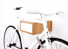 TÎAN is the perfect combination of function and design. Whether single speed, retro race bike, or custom made – TÎAN shows off your bike to its best advantage. MIKILI – Bicycle Furniture: Made with ♥ in Berlin www. Wall Mounted Bike Storage, Bike Storage Rack, Garage Storage, Diy Home Furniture, Outside Furniture, Sectional Patio Furniture, Patio Furniture Sets, Nachhaltiges Design, Bike Design