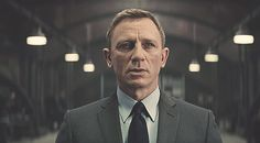 James Bond (Daniel Craig) wears a Tom Ford O'Connor Grey Pinstripe Suit in SPECTRE.Bond wears the suit in the scene where he meets Q and sees the Aston Martin for the first time. Daniel Craig James Bond, Christopher Nolan, James Bond 25, James Bond Suit, Bond Suits, Craig Bond, James Bond Movies, Ben Whishaw, John Mulaney