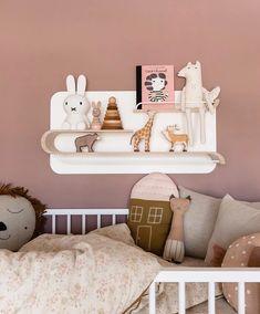 37 Trends in Decorating Kids Rooms Allow To Create Amazing Designs 37 Trends in Decorating Kids Rooms Allow To Create Amazing Designs Pink Kids, Little Girls, Nursery Decor, Room Decor, Nursery Room, Pink Bedroom For Girls, Farrow Ball, Nursery Inspiration, Kids Decor