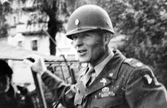 Major Richard D. Winters from the 506th PIR 101st Airborne Division in Austria summer 1945