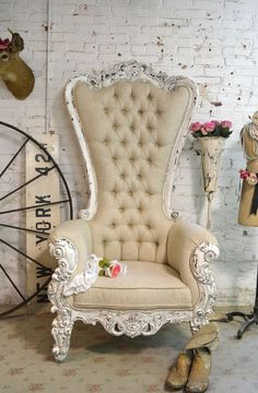 Painted Cottage Chic Shabby French Tufted Upholstered Chair - The Painted Cottage, Vintage Painted Furniture Shabby Chic Mode, Shabby Chic Bedrooms, Vintage Shabby Chic, Shabby Chic Furniture, Shabby Chic Decor, Vintage Decor, Vintage Furniture, Painted Furniture, Bedroom Furniture