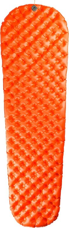 Sea to Summit UltraLight Insulated Mat >> With an R-value of 3.3, a compact packed size, and a weight of just over a pound, the inflatable Sea to Summit UltraLight Insulated Mat is ready-made for 3-season backpacking.