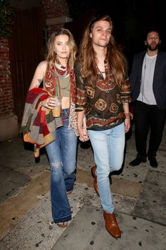 Paris jackson and her new boyfriend are fashions grooviest new couple Paris Jackson, New Boyfriend, Boyfriend Style, Harry Styles, Famous Pairs, Paris Outfits, Fashion Couple, Hippie Outfits, Paris Fashion