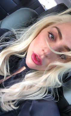 Lady Gaga wears cleavage-baring look jetting out of Vegas Joanne Lady Gaga, Lady Gaga Fashion, Lady Gaga Pictures, I Love My Wife, A Star Is Born, Justin Timberlake, Justin Bieber, Little Monsters, American Singers