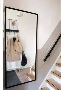 43 Lovely Picture Frames to Make Your Favorite Photos Stand Out - The Trending House Home Living, My Living Room, Living Room Decor, Interior Inspiration, Room Inspiration, Stair Decor, House Stairs, Home Reno, Fashion Room