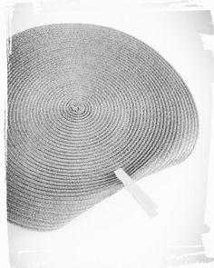 Faire un panier tendance en rafiat set de table rond été cousu main handmade couture sac iris sezane monblabladefille.com