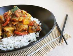 Curry de dinde à la mangue, poivron & lait de coco