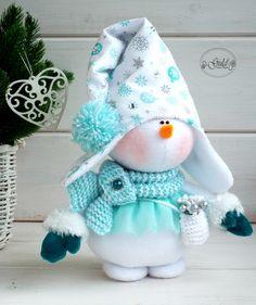 ideas crochet christmas decorations pattern inspiration for 2019 Crochet Christmas Garland, Handmade Christmas Crafts, Christmas Gnome, Primitive Christmas, Xmas Crafts, Christmas Art, Christmas Ornaments, Swedish Christmas, Diy Ornaments