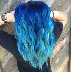 35 Shades Of Blue Hair Give You All The Color Inspiration awesome blue hairstyle ombre hair 35 Shades Of Blue Hair Give You All The Color Inspiration - HomeLoveIn Cute Hair Colors, Pretty Hair Color, Beautiful Hair Color, Hair Dye Colors, Ombre Hair Color, Blonde Ombre Hair, Teal Hair, Blue Hair Dyes, Blue Hair