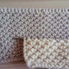 Knitting Videos, Knitting Stitches, Baby Knitting, Knitting Patterns, Knitted Shawls, Hand Warmers, Lana, Merino Wool Blanket, Needlepoint