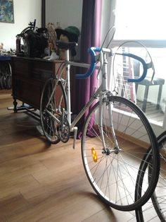 Giant Deluxe 700c, Araya,Shimano, Dia Compe,SR Sakae, nie combo, Femco Hi Tensile Tubing. Nice nice bike