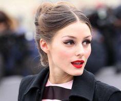 Wedding make up - Olivia Palermo Red Lipstick Outfit, Red Lipstick Tips, Red Lipstick Looks, Red Lipstick Makeup, Lipstick For Fair Skin, Red Lipsticks, Hair Makeup, Red Lipstick Tutorial, Rouge Makeup
