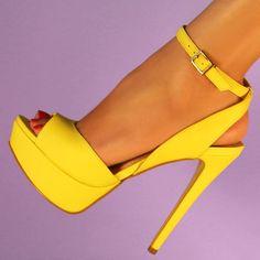 El pump Perelli a plataforma en piel amarilla de Aldo