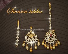 Detachable swarovski studded gold maang tikka can be used as pendant and ear chain. Jewelry Design Earrings, Gold Jewellery Design, Pendant Jewelry, Jewelry Sets, Indian Wedding Jewelry, Indian Jewelry, Maang Teeka, Tikka Jewelry, Ear Chain