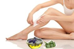 What is ingrown hair? Ingrown hair is a condition where the hair grows sideways into the skin. The condition is widespread in people who have curly or coarse hair. DIY Home Remedy For Ingrown Hair. Hair Removal Diy, At Home Hair Removal, Hair Removal Methods, Baby Powder Uses, Talc, Sugar Waxing, Body Waxing, Before Wedding, Unwanted Hair