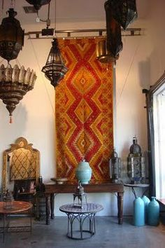 Moroccan rugs and lanterns Moroccan Design, Moroccan Decor, Moroccan Style, Moroccan Rugs, Moroccan Lanterns, Design Marocain, Style Marocain, Hotel Riad, Moroccan Interiors