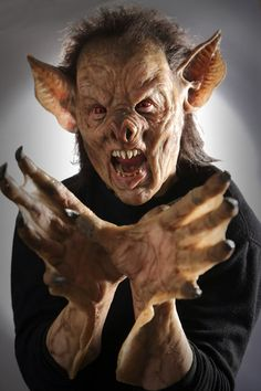 Bat Creature from GRIMM - not so bitty.