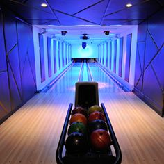 7 Frames Nyc Ideas Bowling Party Nyc Projection Screens