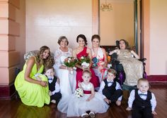 A group photo of the family before the hunter wedding. www.somethingbluephotography.com.au