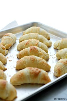 Lemon Cheesecake Crescent Rolls   www.diethood.com   Super easy and incredibly soft Crescent Rolls filled with a sweet and delicious lemon and cream cheese mixture.