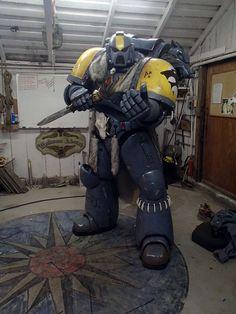 Come at me Bro Warhammer 40k Space Wolves, Warhammer 40k Art, Warhammer 40k Miniatures, Mandalorian Cosplay, Cosplay Armor, Cool Costumes, Cosplay Costumes, Halloween Disfraces, Space Marine